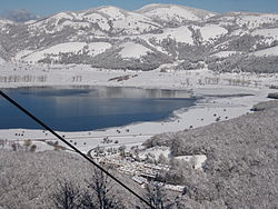 Laceno and lake in winter