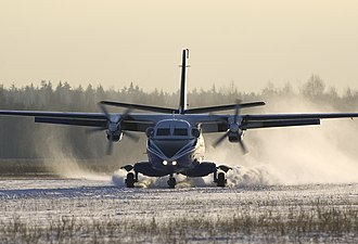 Let L-410 Turbolet - Landing on snow