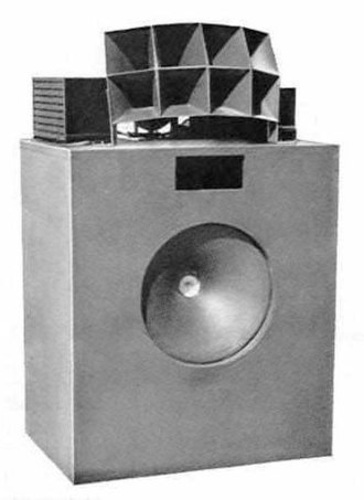 Loudspeaker enclosure - A Lansing Iconic multicell horn loudspeaker from 1937.
