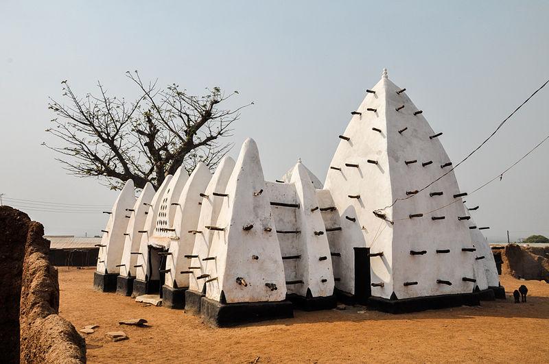 File:Larabanga Mosque.jpg