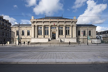 The Palace of Justice LeHavrePalaisJustice.jpg