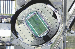 Canadian Football League in the United States - Overhead view of Liberty Bowl Memorial Stadium in Memphis. While few of the American stadiums to host Canadian football were ideal, the literal and figurative corners cut at the Liberty Bowl were particularly severe; the field was well short of regulation length.
