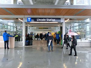 Lincoln station (SkyTrain) - Entrance to Lincoln station