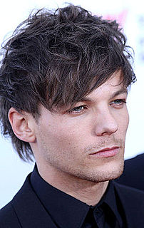 Louis Tomlinson English pop singer