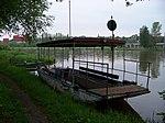 Máslovice-Dol, přívoz, stará převozní loď.jpg