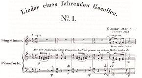 Drei Notenzeilen gedruckter Musik, die die Gesangslinie und die Klavierbegleitung der ersten Takte zeigen