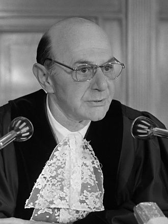 Manfred Lachs - Lachs in 1974 as an International Court of Justice judge