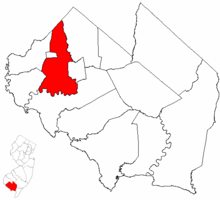 Hopewell Township highlighted in Cumberland County. Inset map: Cumberland County highlighted in the State of New Jersey.