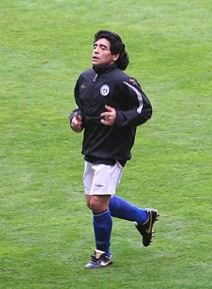 Español: Diego Armando Maradona, en el partido...