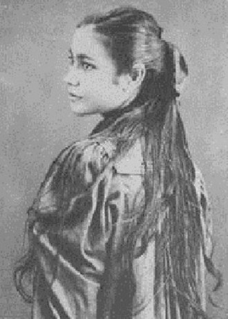 Queen Marau - Marau at fifteen years old, around the time she married.
