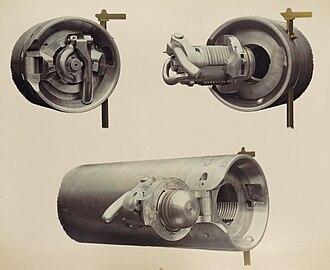 De Bange 90 mm cannon - Image: Matériel de l'artillerie p 33 culasse canon de 90