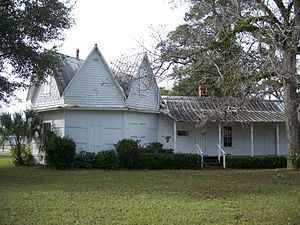 House of the Seven Gables (Mayo, Florida) - Image: Mayo FL Ho 7G04
