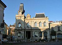 Meulan mairie01.jpg