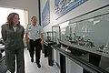 Ministros de Defensa de Perú y Ecuador, visitan las instalaciones del SIMA-Callao (8510176161).jpg