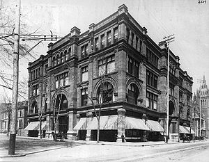 Saint Catherine Street - Morgan's on Sainte-Catherine St., 1890.