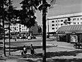 Näkymä Herttoniemen Eränkävijäntorille - N112949 (hkm.HKMS000005-km0000ms2z).jpg