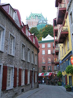 Narrow streets of the Lower Town of Quebec City.jpg