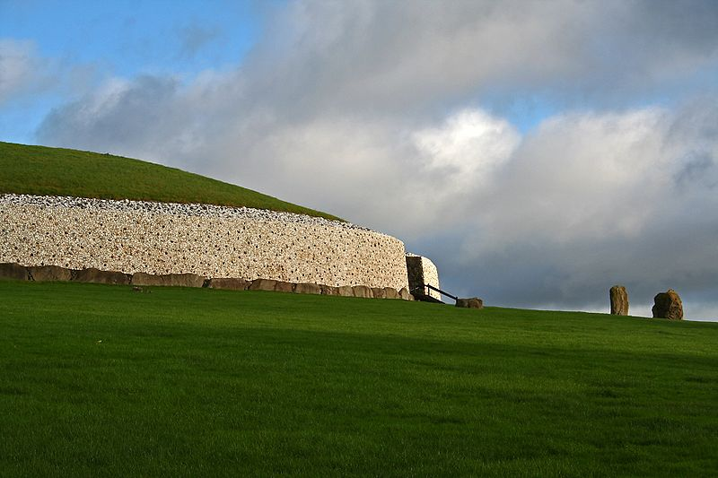 Fil:Newgrange01.JPG