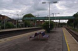 Oakleigh Park railway station MMB 07.jpg