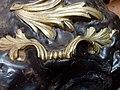 Objets en bronze pris dans le ciment sur le boulet de ciseleur - Mobilier national.jpg