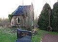 Occoches cimetière (chapelle des comtes de Coupigny) 2.jpg