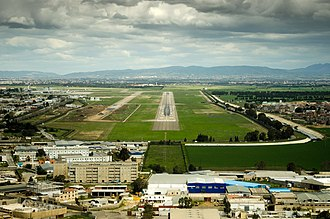 Houari Boumediene Airport - Image: On final approach to RWY09 at Algiers Airport