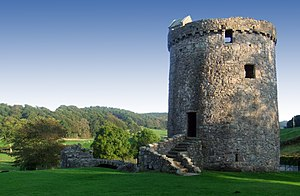 Orchardton tower september 2006.jpg