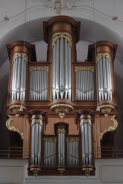 Datei:Orgel Kalvarienbergkirche Wien 03.jpg
