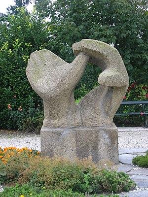Mari Andriessen - Image: Ouwerkerk Phoenixstraat Begraafplaats Monument Watersn.1953