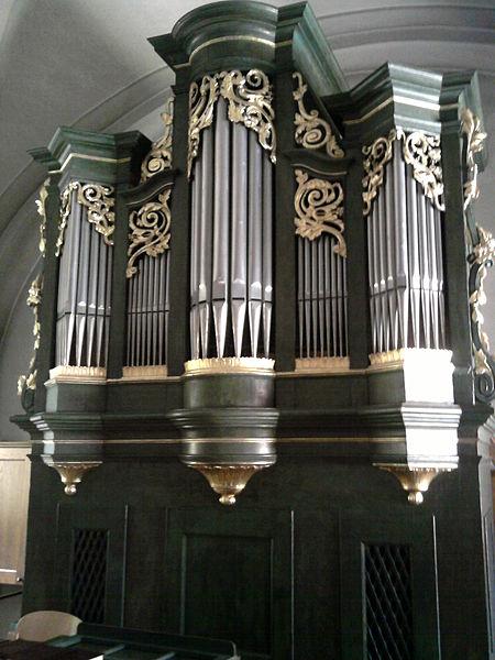 Datei:Pöttsching-Pecsenyéd -church-organ.jpg