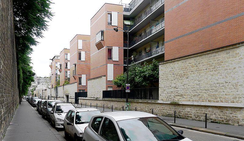 Fichier:P1110101 Paris XIV rue Broussais rwk.JPG
