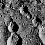 PIA20929-Ceres-DwarfPlanet-Dawn-4thMapOrbit-LAMO-image167-20160601.jpg