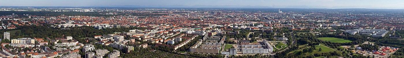 Panorama Monachium z wieży telewizyjnej Olympiaturm
