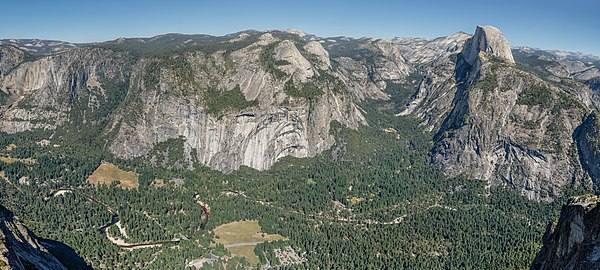 High resolution panoramic overview over Yosemite Valley photographed from Glacier Point
