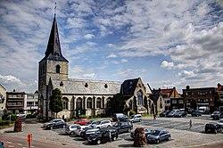 Parochiekerk Sint-Willibrordus Nijlen.jpg