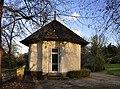 Pavillon d'été du Château de Malmaison 002.jpg