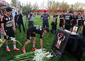 Hadi Norouzi - Persepolis players in the first training after Norouzi's death