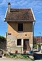 Petite maison à Belley à l'angle de la rue du Mont et de la rue du Bon Repos (à droite).jpg
