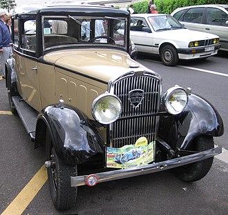 Peugeot 301 (1932–36) - Peugeot 301 saloon