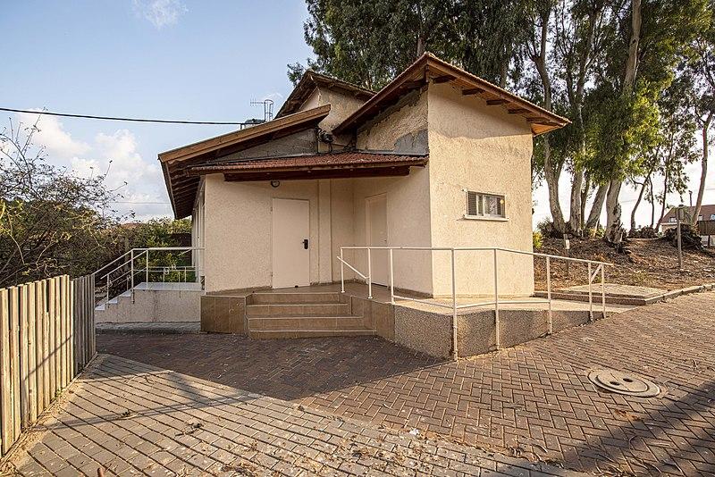 חדרה בית הביטחון בכפר ברנדס