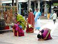 Pilgrims at Kapaleshvara Temple Chennai.jpg