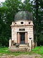 Pohnstorf bei Teterow Mausoleum Wessel (1).jpg