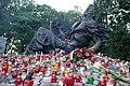 Pomnik Polegli Niepokonani w Warszawie.jpg