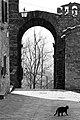 Porta San Felice bianco e nero.jpg