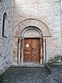 Portail église Lardiers.JPG