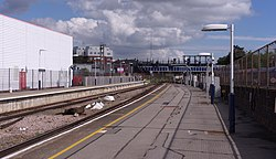 Portsmouth and Southsea railway station MMB 03.jpg