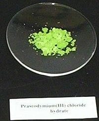 Praseodymium(III)-chloride-heptahydrate.jpg
