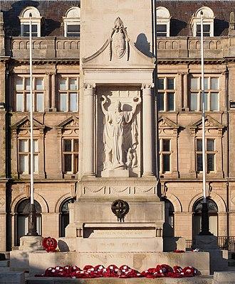 Preston Cenotaph - Image: Preston Cenotaph close up