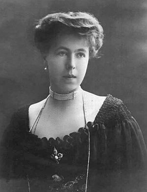 Princess Alexandra of Saxe-Coburg and Gotha - Princess Alexandra in 1905