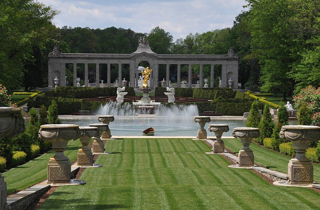 Garden Pool Backyard